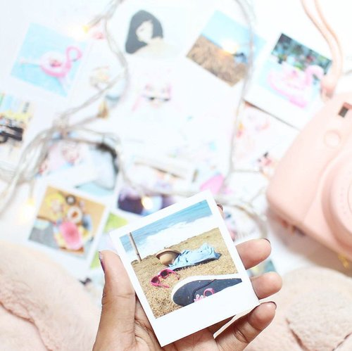 The best thing about a picture is that it never change, even the people in it, do... -Andy Warhol  But, thank you so much @popupbysepcha to make my memories more sweet and cute, because it was printed like polaroid photo 🎞 . . . . #polaroid #polaroidphoto #minimalism #whiteaddicted #white #memories #clozetteid #handsinframe #tumblrpics #tumblrgirl #tumblraesthetic #popupbysepcha #printedphotos #tumblrposts