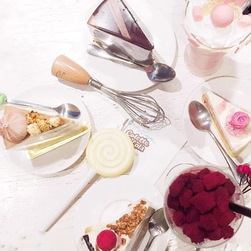 """<div class=""""photoCaption"""">Desserts are the fairy tales of the kitchen 🍰<br /> ______________________<br />  <a class=""""pink-url"""" target=""""_blank"""" href=""""http://m.id.clozette.co/search/query?term=food&siteseach=Submit"""">#food</a>  <a class=""""pink-url"""" target=""""_blank"""" href=""""http://m.id.clozette.co/search/query?term=foodie&siteseach=Submit"""">#foodie</a>  <a class=""""pink-url"""" target=""""_blank"""" href=""""http://m.id.clozette.co/search/query?term=cake&siteseach=Submit"""">#cake</a>  <a class=""""pink-url"""" target=""""_blank"""" href=""""http://m.id.clozette.co/search/query?term=foodstagram&siteseach=Submit"""">#foodstagram</a>  <a class=""""pink-url"""" target=""""_blank"""" href=""""http://m.id.clozette.co/search/query?term=foodporn&siteseach=Submit"""">#foodporn</a>  <a class=""""pink-url"""" target=""""_blank"""" href=""""http://m.id.clozette.co/search/query?term=foodphotography&siteseach=Submit"""">#foodphotography</a>  <a class=""""pink-url"""" target=""""_blank"""" href=""""http://m.id.clozette.co/search/query?term=foodofinstagram&siteseach=Submit"""">#foodofinstagram</a>  <a class=""""pink-url"""" target=""""_blank"""" href=""""http://m.id.clozette.co/search/query?term=foodpic&siteseach=Submit"""">#foodpic</a>  <a class=""""pink-url"""" target=""""_blank"""" href=""""http://m.id.clozette.co/search/query?term=foodblogger&siteseach=Submit"""">#foodblogger</a>  <a class=""""pink-url"""" target=""""_blank"""" href=""""http://m.id.clozette.co/search/query?term=foodheaven&siteseach=Submit"""">#foodheaven</a>  <a class=""""pink-url"""" target=""""_blank"""" href=""""http://m.id.clozette.co/search/query?term=travelokaeats&siteseach=Submit"""">#travelokaeats</a>  <a class=""""pink-url"""" target=""""_blank"""" href=""""http://m.id.clozette.co/search/query?term=eatsnonstop&siteseach=Submit"""">#eatsnonstop</a>  <a class=""""pink-url"""" target=""""_blank"""" href=""""http://m.id.clozette.co/search/query?term=clozetteid&siteseach=Submit"""">#clozetteid</a></div>"""