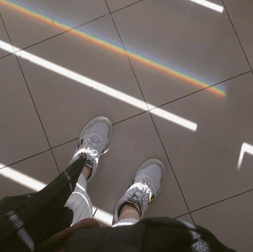 🌈 . . . #clozetteid #iphoneonly #shotsoniphone #minimalistfeed #aestheticfeed