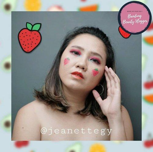 Hi guys! This is my collaboration with @bandungbeautyvlogger !💕 . . Disini aku dari team bertema Fruit  MAKE UP LOOK bareng temen-temen dari Bandung Beauty Vlogger lainnya :  @rurie.nurulfajri @felliciaiueo @milamhican . Mampir juga ya ke instagram temen-temen yg bareng collab sama aku, jangan lupa support mereka juga 😘 . . #jeanettegy #ClozetteID #bandungbeautyvlogger #BBVCollab #makeupcollaboration #bandung #makeup #fruitmakeuplook #fruitmakeup #beautyenthusiast #beautycollab