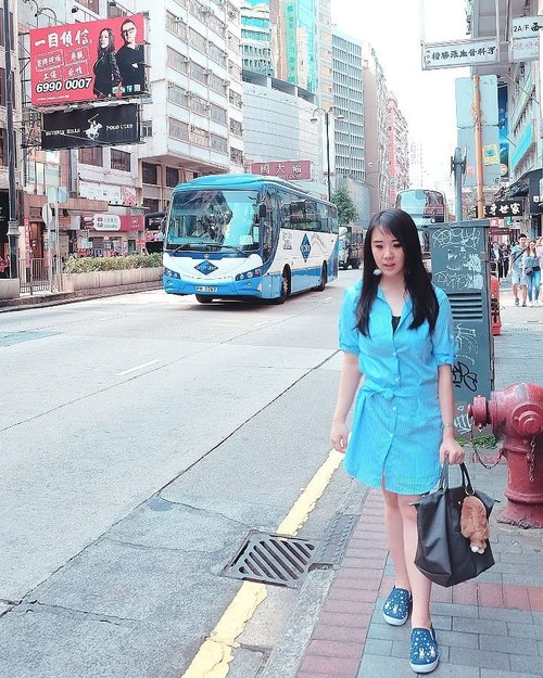 One fine day in Hong Kong My first casual yet comfy outfit 💙 . Hop over to myculinarydiarycom.wordpress.com/TRAVEL to see my experience in abroad. #sisytravelingdiary #hongkong #shirt . . . . . . . #clozetteid#wisata#travel#igtravel#travelgram#buzzfeed#mytravelgram#holiday#explorekepulauanindonesia#instatraveling#tourism#instagramable#socialenvy#photography#wonderfulindonesia#instadaily#minimalism#flatlays#selfportrait#instafood#postthepeople#whiteaddict#interior #design #decor #architexture
