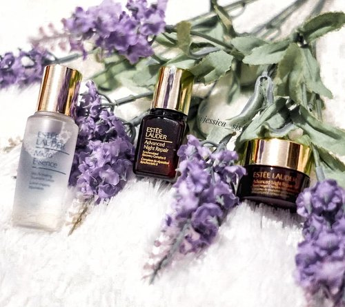 """<div class=""""photoCaption"""">One my favorite brand for skin care @esteelauderid <br /> I like the texture of the Eye Cream and the Night Cream. Soft, gel-like texture and light, but directly absorbed to my skin.<br /> For my eyes, it helps to reduce the small wrinkles.<br /> .<br /> .<br /> .<br /> .<br /> .<br /> .<br /> .<br /> .<br />  <a class=""""pink-url"""" target=""""_blank"""" href=""""http://m.id.clozette.co/search/query?term=clozetteid&siteseach=Submit"""">#clozetteid</a>  <a class=""""pink-url"""" target=""""_blank"""" href=""""http://m.id.clozette.co/search/query?term=cosmetic&siteseach=Submit"""">#cosmetic</a>  <a class=""""pink-url"""" target=""""_blank"""" href=""""http://m.id.clozette.co/search/query?term=beauty&siteseach=Submit"""">#beauty</a>  <a class=""""pink-url"""" target=""""_blank"""" href=""""http://m.id.clozette.co/search/query?term=skincare&siteseach=Submit"""">#skincare</a>  <a class=""""pink-url"""" target=""""_blank"""" href=""""http://m.id.clozette.co/search/query?term=makeup&siteseach=Submit"""">#makeup</a>  <a class=""""pink-url"""" target=""""_blank"""" href=""""http://m.id.clozette.co/search/query?term=makeupartistjakarta&siteseach=Submit"""">#makeupartistjakarta</a>  <a class=""""pink-url"""" target=""""_blank"""" href=""""http://m.id.clozette.co/search/query?term=esteelauder&siteseach=Submit"""">#esteelauder</a>  <a class=""""pink-url"""" target=""""_blank"""" href=""""http://m.id.clozette.co/search/query?term=travel&siteseach=Submit"""">#travel</a>  <a class=""""pink-url"""" target=""""_blank"""" href=""""http://m.id.clozette.co/search/query?term=makeupmafia&siteseach=Submit"""">#makeupmafia</a>  <a class=""""pink-url"""" target=""""_blank"""" href=""""http://m.id.clozette.co/search/query?term=maccosmetic&siteseach=Submit"""">#maccosmetic</a>  <a class=""""pink-url"""" target=""""_blank"""" href=""""http://m.id.clozette.co/search/query?term=etude&siteseach=Submit"""">#etude</a>  <a class=""""pink-url"""" target=""""_blank"""" href=""""http://m.id.clozette.co/search/query?term=potd&siteseach=Submit"""">#potd</a>   <a class=""""pink-url"""" target=""""_blank"""" href=""""http://m.id.clozette.co/search/query?term=makeuptutorial&siteseach=Submit"""">#makeuptutoria"""