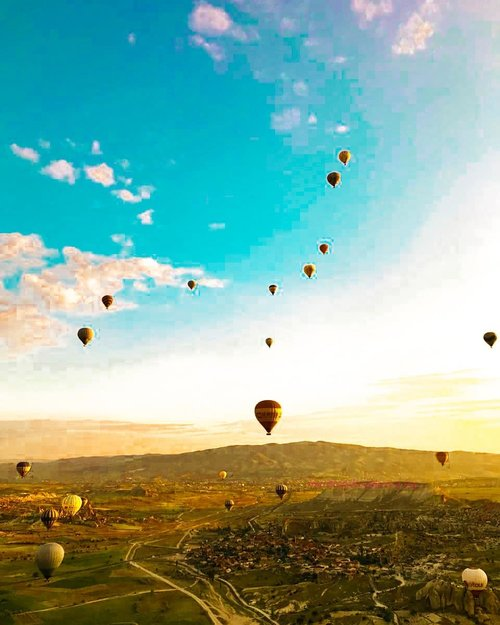 Last day in 2018 🤗 So, what is your resolution in  2019? For me, traveling around the world is no. 1! . . Hop over to myculinarydiary.com/TRAVEL to see my experience in abroad. #sisytravelingdiary #traveljourney #beautifulview #airballoon #hotairballoon . . . . . . #clozetteid #wisata #travel #igtravel #travelgram #buzzfeed #europe #holiday #turkey #turkiye #cappadocia #kapadokya  #dubai #photography #photooftheday #foodoftheday #cakedecorating #photoshoot #fujifilm #beautifuldestinations