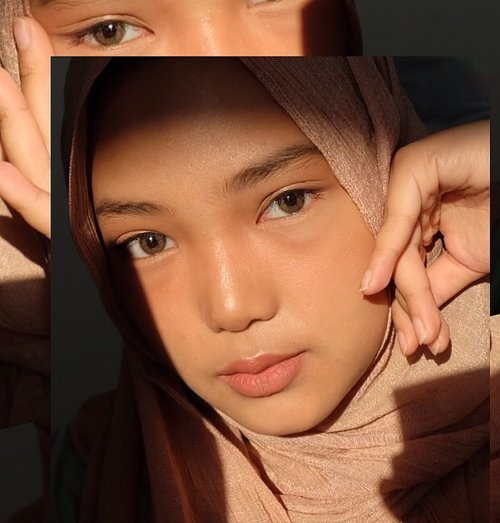 permisii, muka selayar mau lewat 🙈ga nyangka pede banget ngepost muka segede gini, mau bilang makasiii sama @zapcoid 🖤✨& review treatment di @zapcoid udah ada di blog! *link di bio#ZAPPHOTOFACIALGLOW #TEAMPAOLA #zappertamaku #Clozetteid #ZAPXClozetteIdReview #ClozetteidReview #clozettexzap