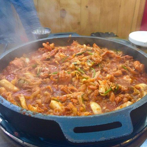🍴Dakgalbi😍😆Yum yum yum 🙆 delicious 😭 #eatwithtorquise #TQinKorea #clozetteid
