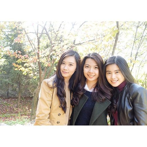 Because 👸🏻👸🏻👸🏻 it's better than 👸🏻 • •Good Morning 😊 have a great Sunday 👼🏻 • #photograph #girls #friends #korea #autumn #clozetteID #schoollife #koreanfashion #clozetteID #COTD #instagood #instagood #instalike #igersjp #instamood #holiday #havingfun #enjoy #likeforlike #tagsforlikes #bestoftheday #trip  #explorekorea