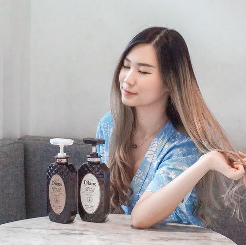"Aku suka bgt styling rambut, uda sering ganti"" warna dan selalu nyatok sblm pergi. Jadinya rambut kering, kasar dan gampang kusut. 😞Best bgt deh ini @moistdianeid Damage Repair 👌🏻Setelah pake ini rambut jd lebih lembut, halus dan ga gampang kusut! Baca full reviewnya di blogku: https://amandatorquise.blogspot.com (Link on Bio) 💋..#WorkWithTorquise #Clozetteid #BloggerSurabaya #SurabayaBeautyBlogger"