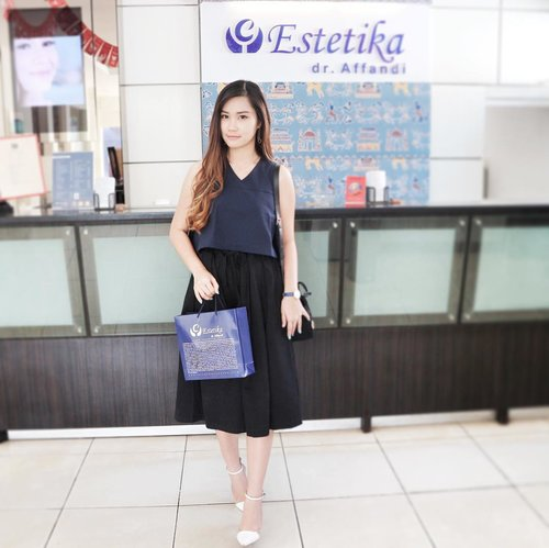 Hei there, if you not yet read my event report from beauty gathering with @klinikestetika Airing!! 💋 Well, sorry for make all of you wait for this post😶 Clickable link on my bio~ • • #clozetteid #beautynesiamember #lykeambassador #cotd #sbbxklinikestetika