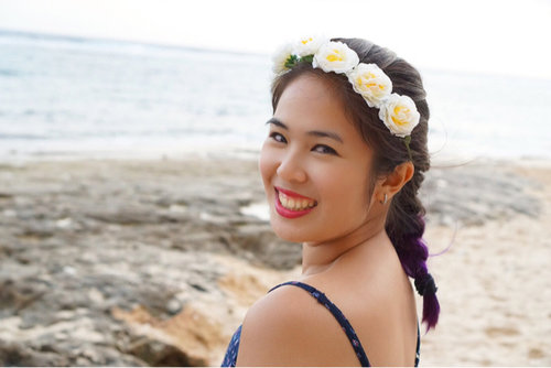 Loving my simple make up and my braided violet ombre. 💜💜💜 The flower crown looks super cute and I mixed two colors of lipstick for my lips. ❤️ #ClozetteID #StarClozetter #travel #selfportrait #candid #candidphoto #flowercrown #laughter #smile #pantainammos #nammos #nammosbeach #karmakandara #karmakandraresort #ungasan #badung #bali #indonesia #2016 #flowercrown #braids #braid #braidedombre #violetombre #beach #sand
