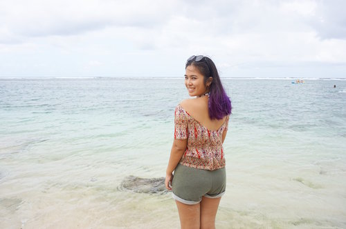 I'm just always happy at the beach! #ClozetteID #StarClozetter #travel #selfportrait #beach #blue #sand #sea #wave #ombre #purpleombre #vivid #vividviolet #vividvioletombre #violetombre #pantai #nammos #nammosbeach #pantainammos #karmakandara #karmakandararesort #karmakandararesortandspa #canggu #bali #indonesia #2016