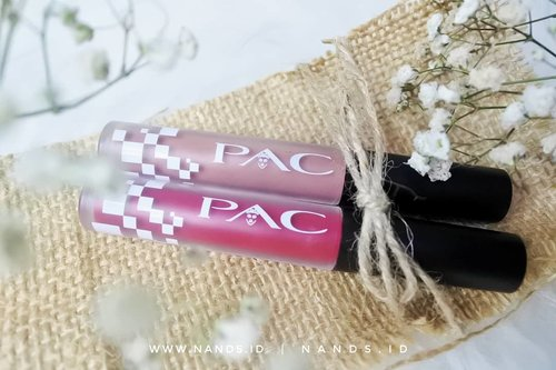 Udah dua minggu belakangan ini aku lagi suka banget pake PAC Satin Matte Lipcream, suka banget aku sama warnanya, apalagi aromanya seperi cherry. Penasaran review lengkap lipcream ini dan beberapa produk PAC lainnya? Meluncur yuk ke http://www.nands.id/2018/12/review-pac-martha-tilaar-local-brand.html@beautiesquad @pac_mt #Beautiesquad #BeautiesquadReview #PACxBeautiesquad #Weightless #xPACtation  #wakeupandmakeup  #makeupaddict #beautycommunity#lipcream #lipcreamswatches #lipcreamsatin #satinlips #pinklipstick #fuschialipstick #nudelipcream #nudeslipstick #Clozetteid