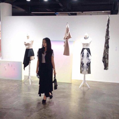 A day at @zaloraid Designer Project (3/3) ✨ . . 📸 @karimalibrianti #zaloradesignerproject #zaloraindonesia #clozetteid #clozette