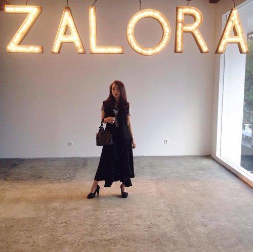 A day at @zaloraid Designer Project (2/3) ✨ . . 📸 @karimalibrianti #zaloradesignerproject #zaloraindonesia #clozetteid #clozette