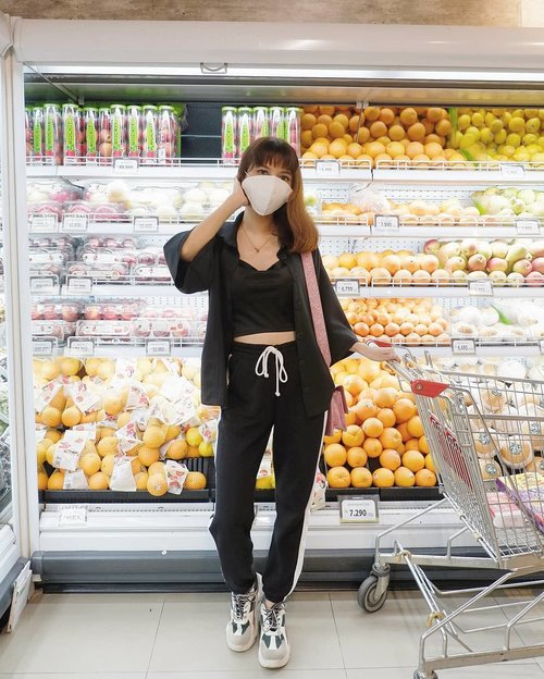 Grocery shopping✨ Wearing cloth mask from @atsthelabel 😍✨ ( tap for details ) . . . . . #whatiwore #bloggerstyle #fashion #styleblogger #fashionblogger #ootd #lookbook #ootdindo #ootdinspiration #style #outfit #outfitoftheday #clozetteid