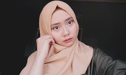 Masih dengan setting spray buatan sendiri 💦#bloggerperempuan #clozetteid #beauty #beautybloggers #beautybloggerindonesia