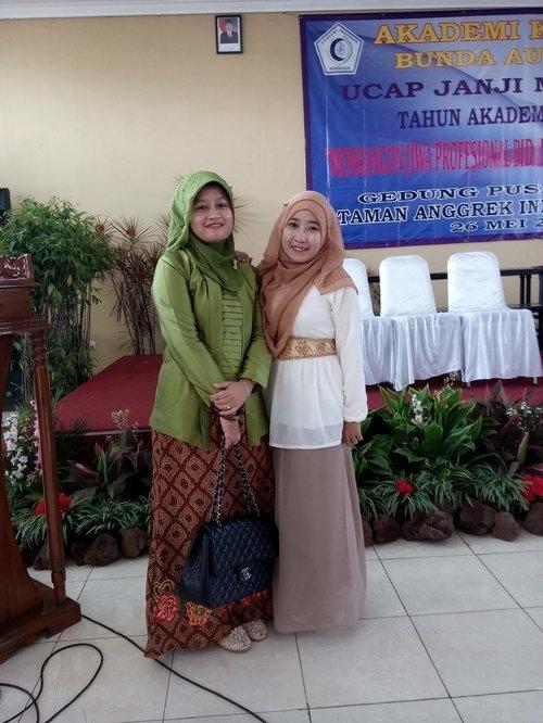 #HOTD #CapingDayAKBA #Sharing to be Midwife #Taman Anggrek Indonesia Indah