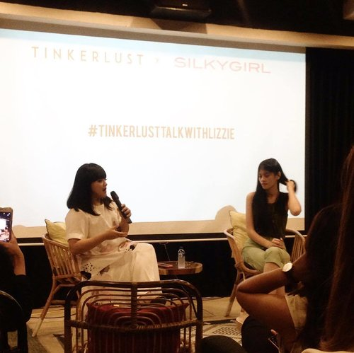 And now da one n only @bylizzieparra is here💕💕 - #TinkerlustTalk @Tinkerlustid x @byLizzieParra #TinkerlustTalkxLizzie #TinkerlustTalkwithLizzie #beautydiary #beautybloggerindonesia #beautybloggerid #beautyblogger  #bvloggerid #clozetteid #clozetter #clozettedaily #blogger #beautiesquad #atomcarbonblogger