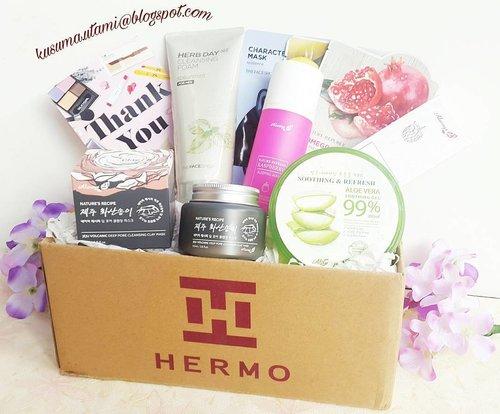 Unboxing Hermo Beauty Box sudah tayang diblog aku 😍 Mau tau aku dapat produk apa saja ?  Yuk baca postingannya 😊 #clozetteid  #clozzeteidreview #hermoxclozetteid #hermoreview