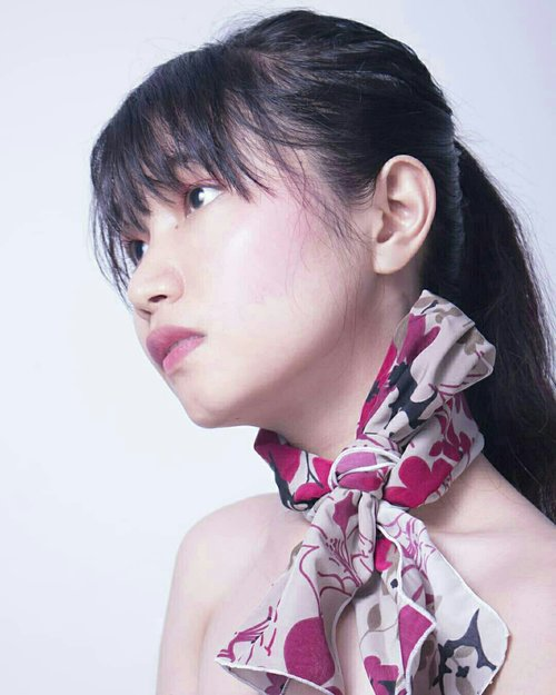 Money doesn't buy eleganceScarf by @ayeshaa_syal .cc by: @kyorukii