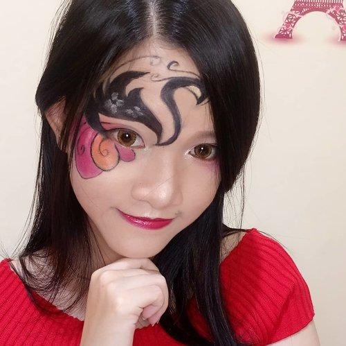 cma mau ksih tau, itu gambar angsa ya.. hahahhaa.... . . . . . . . . . . . #makeup #makeupartist #instagramers #instamakeup #fantasymakeup #beautygram #indobeautygram #instaphoto #potd #picoftheday #mua #muajakarta #muatgr #beauty #inspired #cosplay #inspiration #makeupwisuda #makeupwedding #makeupcosplay #makeupfantasy #clozetteid