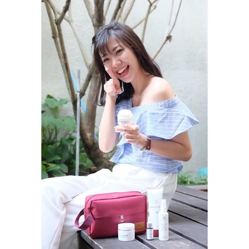 Many of you have asked me to review more budget friendly skincare which work wonder. Answering the demand, i present to you my latest collaboration with @mellydiaofficial and @sbybeautyblogger : Mellydia Skin Whitening Series. Mellydia products are HALAL and have BPOM. Full review available on blog, and it's written in Bahasa Indonesia ☺️ Hopefully you guys find it helpful 💋 Their Beauty Water is my favourite now ❤️ . . . . #projectcollabswithangelias #sbbxmellydiacosmetic #sbbreview #sbybeautyblogger #endorseangeliasamodro #beautyblogger #indonesianblogger #bloggerindonesia #skincare #review #blogger #makegirlz #indobeautygram #clozetteid #bloggersurabaya #surabayablogger