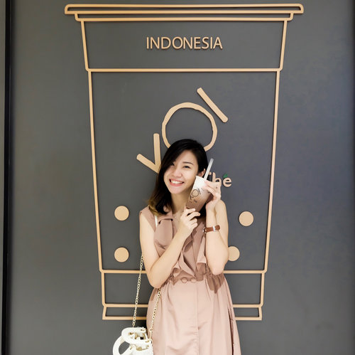 Congratulation @koitheindonesia for the opening of 2nd branch in Surabaya. And this time KOI is opening the store at  @pakuwonmallsby .Swipe left, showcasing the famous drink: Ovaltine Machiato.Thank you for having me and best success!! ❤️...#potd #lotd #clozetteid #koiindonesia #bubbleteadrink #koibubbletea #koisurabaya#foodism #bubbletea #koi #blogger #influencer #bloggersurabaya #surabayablogger #kulinersurabayabarat
