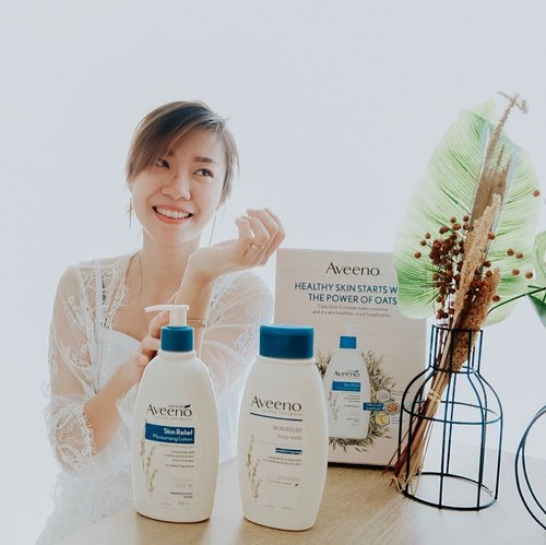 My healthy skin starts with the power of oats. With triple oats complex @aveeno_id helps to moisture, soothe, and strengthens my skin barrier. Kiss goodbye sensitive and dry skin. . . . #projectcollabswithangelias #aveenoid #aveeno #aveenoskinjourney #thepowerofoats #clozetteid #sbybeautyblogger #beautyblogger #bloggersurabaya #sbyblogger #skincare