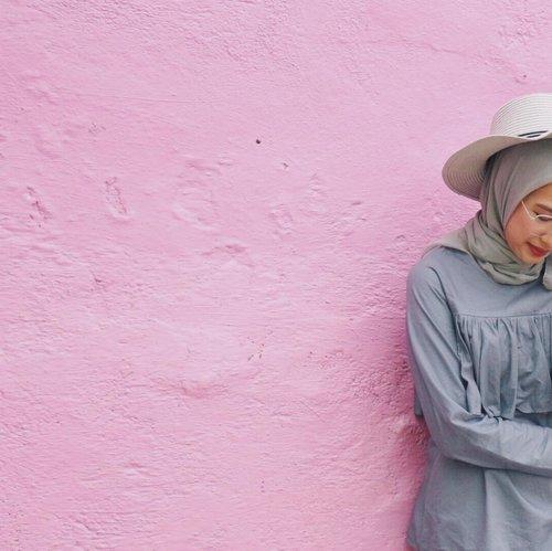 -senyum dulu, jatuh hati kemudian 💕-#ggrep #clozetters #clozetteid #pink #pinklova #pinkywallpaper #pinky #vibes #colorvibes #kwj #jodipan #malang #exploremalang #malangtrip