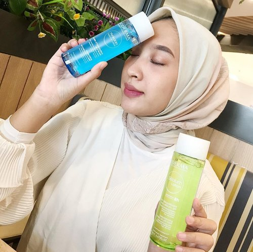 -Selama kita berpuasa siapa nih yang ngerasa kulitnya jadi lebih kering ?-FYI, aku mau kenalin nih Boosting Toner @bioderma_indonesia ada Hydrabio Lotion & Sebium Lotion. Teksturnya yang ringan seperti air, mampu meresap tanpa lengket dan tentunya bermanfaat untuk menghidrasi kulit kita.Lengkap review nya boleh cek di blog ku yaa, tinggal klik link on bio ❤️.-@clozetteid @bioderma_Indonesia #Bioderma #BiodermaIndonesia #BoostYourGlow #SebiumLotion #HydrabioEssenceLotion #BiodermaXClozetteIDReview #ClozetteID