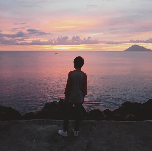 Happy Bday kk Vincent, may every dream, wish come true and lead to an amazing future for you. Tuhan Yesus berkati selalu 😇#mommysboy #birthdaywishes #birthdayboy #qotd #sunset #clozetteid