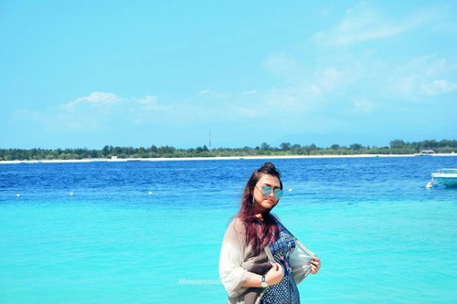 Im in love with this exotic island!!! 💕💕 Bener bener bagusss.. Dan gili trawangan is the bestttt place to visit i swear!! I will be back soon, my dear lombok! 💖  #khansamandatraveldiary #khansamanda #clozetteid #clozetteambassador #beautynesiamember #travel #lombok #gilitrawangan #giliisland #beautifuldestinations #explorelombok #exploreindonesia #travelblogger #beautyblogger #youtuber #youtuberindonesia  #plussize #beach #gilitrawangan #lombok #lomboktrip #explorelombok #exploreindonesia #beautifuldestinations #indonesia #plussizemodel #backpacker