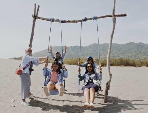 We still love the things we can't have - #yogyakarta #explorejogja #holiday #trip #girls #indonesia #clozette #clozetteid #ggrep #photo #denim #photography #like #love #superlove #instagram #instadaily #gumukpasir