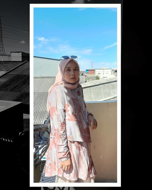 Eid Mubarak Day 2 with blue sky view. Kalau kemarin dikunjungi, sekarang saatnya dikunjungi. - #hlladies #heavenlights #heavenlightscustomer #umrohwithhl #eidwithhl #inlovewithhl #ootd #skyview #hijabstyle #hijabfashion #clozette #clozetteid