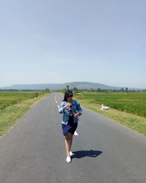 Just walk alone 👣-#photo #street #streetstyle #style #ootd #ootdid #girl #fashion #clozette #clozetteid #ggrep #jogja #holiday #ricefield #indonesia