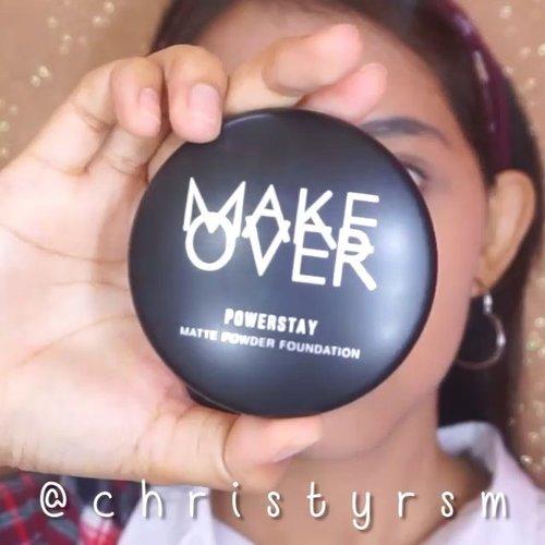 Heyo Beauties! 💖I'm back with a new tutorial! Sekalian mau ngeracun produk lokal lagi yaa wkwk. Aku lagi suka sama produk @makeoverid Powerstay Powder Foundation & Transparent Powder nih! Ringan dan awet di wajah. Cocok untuk daily makeup look pengganti foundation cair deh 😉•@maybelline Pore Eraser Baby Skin@makeoverid Matte Powder Foundation (W41)@pixycosmetics Concealing Base@makeoverid Mattifying Transparent Powder + Powder Brush@pixycosmetics Eyebrow Pencil Brown@maybelline Brow Precise Dark Brown@pixycosmetics Eyeshadow Terracotta @maybelline Hypersharp LinerKiss me heroine make mascara long and curl racun dari kak @abellyc @thebalmid highlight n contour @makeoverid Hi Matte Lipstick (006)•#makeoverid #clozetteid #bunnyneedsmakeup #ivgbeauty #indobeautygram #indobeautysquad #makeuptutorial #tutorialmakeuplg #ragamkecantikan #inspirasimakeup #tampilcantik