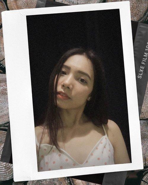 Mencoba wajah serius eh yg ada makin seram 🤪🤣🤣 . . . . . . . #LOL #selfie #clozetteid #candid #beautygirl #batakhits #batakgirl #pretty #awkward #sexy #lady