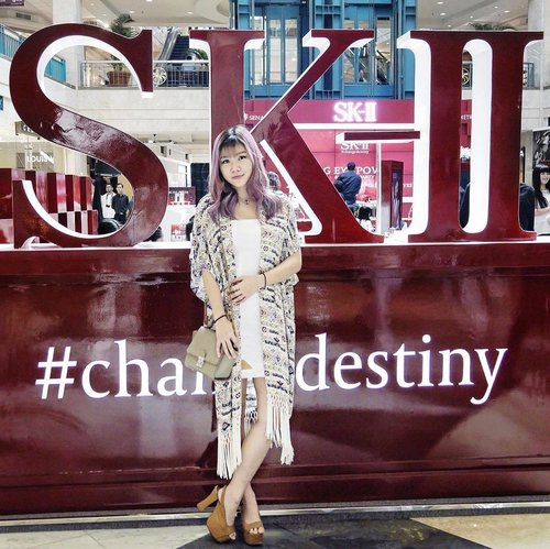 Now on going @skii #ChangeDestiny event at Plaza Senayan. So excited to witness the excitement towards the launching! It's all about eyes, peeps! #SKII #RNAPOWER #BIGGERLOOKINGEYES #clozetteid Photo by: @thelipstickmafiaaa
