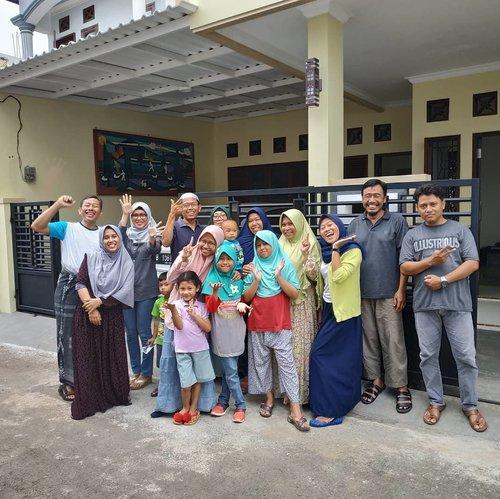 Alhamdulillah bisa berkumpul bersama keluarga besar. InsyaAllah akur akur dunia akhirat. Silaturahmi jelang puasa 🤩#love #clozetteid #lidbahaweres #islam