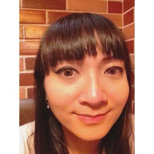 After concert 2NE1. Muka gak gitu berminyak karena pake bb cream tea tree bodyshop. ❤❤ #fotd #face #makeup #clozetteid