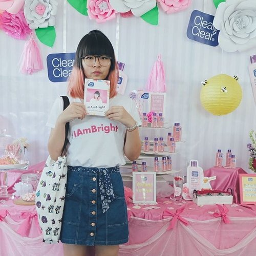 I'm at @cleanandclearid natural bright launching event 💕 #IAmBright . . . #fashionblogger #clozetteid #fbloggers #bbloggers #blogger #me #instagood #love #beauty #asian #jakarta #blogginggals