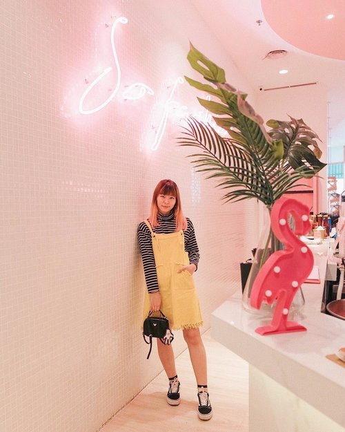 """<div class=""""photoCaption"""">It's not about brand, it's about style. Well, I pretty much just wear whatever I want 😅😅 This yellow overall and stripes top are unbranded, bought the Mickey Mouse bag from ebay, but for sneakers I go with nice brand because comfy shoes is very important 🤔  <a class=""""pink-url"""" target=""""_blank"""" href=""""http://m.clozette.co.id/search/query?term=japobsOOTD&siteseach=Submit"""">#japobsOOTD</a><br /> .<br /> .<br /> .<br />  <a class=""""pink-url"""" target=""""_blank"""" href=""""http://m.clozette.co.id/search/query?term=clozetteid&siteseach=Submit"""">#clozetteid</a>  <a class=""""pink-url"""" target=""""_blank"""" href=""""http://m.clozette.co.id/search/query?term=fashionblogger&siteseach=Submit"""">#fashionblogger</a>  <a class=""""pink-url"""" target=""""_blank"""" href=""""http://m.clozette.co.id/search/query?term=ootdindo&siteseach=Submit"""">#ootdindo</a>  <a class=""""pink-url"""" target=""""_blank"""" href=""""http://m.clozette.co.id/search/query?term=lookbookindonesia&siteseach=Submit"""">#lookbookindonesia</a>  <a class=""""pink-url"""" target=""""_blank"""" href=""""http://m.clozette.co.id/search/query?term=ootdindokece&siteseach=Submit"""">#ootdindokece</a>  <a class=""""pink-url"""" target=""""_blank"""" href=""""http://m.clozette.co.id/search/query?term=outfitoftheday&siteseach=Submit"""">#outfitoftheday</a>  <a class=""""pink-url"""" target=""""_blank"""" href=""""http://m.clozette.co.id/search/query?term=styleinspo&siteseach=Submit"""">#styleinspo</a>  <a class=""""pink-url"""" target=""""_blank"""" href=""""http://m.clozette.co.id/search/query?term=ootd4nylonjp&siteseach=Submit"""">#ootd4nylonjp</a>  <a class=""""pink-url"""" target=""""_blank"""" href=""""http://m.clozette.co.id/search/query?term=wearjp&siteseach=Submit"""">#wearjp</a>  <a class=""""pink-url"""" target=""""_blank"""" href=""""http://m.clozette.co.id/search/query?term=ootdbloggers&siteseach=Submit"""">#ootdbloggers</a>  #패션  #패션스타그램  #스트릿패션  #오오티디  #今日の服  #今日のコーデ  #ファッション  #ファッションコーデ</div>"""
