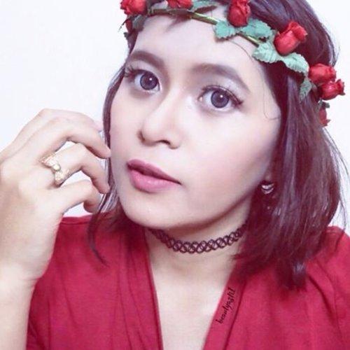 Red-ish .. ❣#RedFilter . . #clozetteid #indonesianbeautyblogger #beautybloggerindonesia #beautybloggerid #instagood #instadaily #instabeauty #red #flower #selca #selfie #kawaii #ulzzang #beauty #makeup #gyaru #cute #girl #like4like #new #follow #love #happy #wednesday #filter #yayy