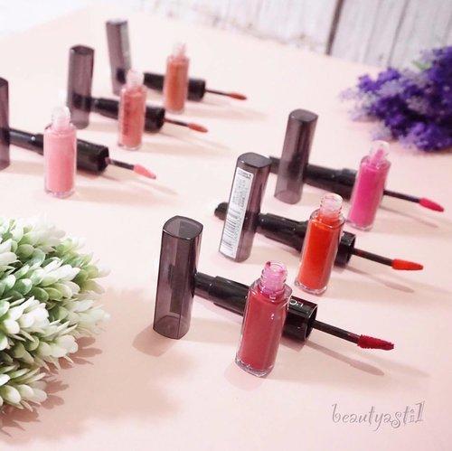 This is it! 6 varian liquid lipstick L'Oreal Paris Infallible 2 Step-Lip yang hasil nya matte! Matteee! Maadd! Yass!! Saking matte nya, susah ngilangin swatch nya 💋💋💋 . . . Dinamakan 2 step lip karena masing masing ujung nya mempunyai 2 fungsi berbeda. Yang berwarna adalah liquid lipstick nya, dan yang satu nya lagi adalah pro-seal balm untuk melembapkan bibir mu *kecup* 😘 . . 🤑 Kamu juga bisa lihat dan beli langsung koleksi lengkap dari L'Oreal Paris Infallible di http://sociol.la/beautyasti1 atau klik link yang ada di bio. . . 🌍 Buat tahu harga dan review lengkap nya, cuusss aja klik beautyasti1.com aja ya 👉🏻 http://www.beautyasti1.com/2017/01/loreal-paris-infallible-box-review.html atau http://sociol.la/beautyasti1 dengan kode diskon SBNLA4U0 . Thanks to @getthelookid and @sociolla . #TimeProofMakeup #LOrealParisID #sociolla #sociollabloggernetwork #clozetteid #flatlay #loreal #lorealparis #makeup #beauty #makeupjunkie #love #lips #lipstick #unboxing #hampers #beautyhampers #pink #lorealparisinfallible