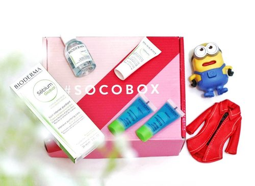 Unboxing my 2nd Socobox from @sociolla @Beautyjournal X @Bioderma_Indonesia.. . . I got Bioderma Sebium Global Intensive Purrifying Care, Sebium foaming gel, Sebium H2O Micellar Water, and Sebium Pore Refiner.. . . Complete review will be UP on #MeisUniqueBlog (www.uniqueblogofmei.com) and Soco.id . . Uniquesss, do you want to get this cute beauty box?  Sign up on Soco.id (https://soco.id), and complete your beauty profile.. Don't forget to follow me on Soco.. 😊 Find my profile by this link: soco.id/Meiliyana_11 . . Fyi, you can also buy these products on www.sociolla.com 😍 . Use my voucher code: SBNLAZD7 to get Rp 50.000 off (for min purchase of Rp 250.000) 😃 . . . . . . #sociollabloggers #SBN #ClozetteID #acneprone #skincare #skincarejunkie #bloggerjkt #SocoID #review #SocoBox #SocoboxXBioderma