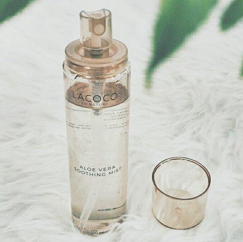 BLOG UPDATE 💻 - A soothing mist that can be cleanser, toner, and moisturizer, ALL IN ONE PRODUCT? ((( terkejudh ))) - Yes, people. I'm not bragging about this. Produk ini beneran multi-fungsi. Untuk tipe last-minute person seperti saya, soothing mist ini berguna banget saat harus buru-buru makeup. - Kayak gimana performa dari Aloe Vera Soothing Mist dari @lacoco.id ini? Go read the review on my blog! Link is on bio 😘💕 - #beautyproduct #makeuplife #makeuptalk #beautygram #indobeautysquad #beautybloggerindonesia #setterspace #beautiesquad #jogjabeautyblogger #wakeupmakeup #bbloggers #beautyblogger #indobeautygram #hairmakeupdiary#makeuptutorialsx0x #linerandbrowsss#fakeupfix #dailygirlsfeed #universomakeup #makegirlz#wakeupandmakeup