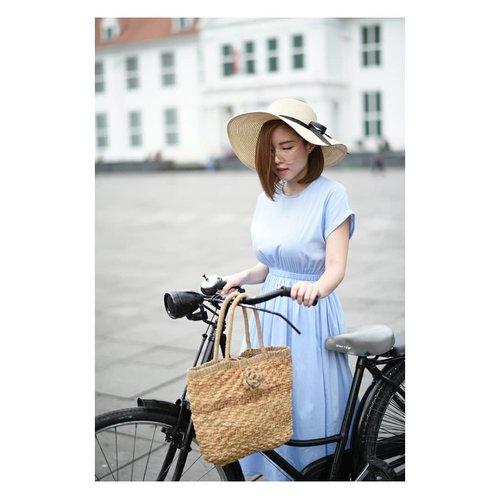 Walking, Strolling, and Sauntering 🚲 👗@lovebonitoid  #clozetteid #ootd . . . . . . . #followmefollowyou #followme #ibb #recentforrecent #likeme #lifestyleblogger #outfitideas #photo #photoshoot #productphotography #minimalist #potd #blogger #fashionblog #fashionista #fashionblogger #fashion #endorsement #girl #endorsindo #endorse #blog #faceoftheday #photooftheday