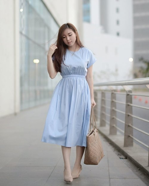 👗@lovebonitoid , looks simple but very suitable for strolling around the city. The perfect style to wear for spring or summer.  #clozetteidreview #LoveBonito #sayaLB #lovebonitoxclozetteidreview . . . . . . . #clozetteid #selfie #selfportrait #ootd #outfit #outfitoftheday #fashionista #fashionistas #fashionblogger #fashionbloggers #fashiondiaries #instafashion #photoofday #picoftheday #photographer#art🎨 #artwork  #wear #retrostyle #vintagefashion #look #love #me