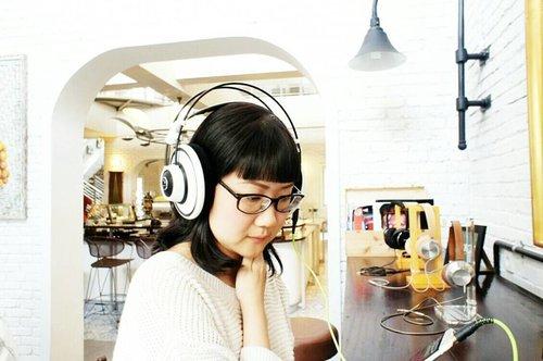 Jakarta#latergram #cafeculture #cafedumonde #cafe #coffee #coffeedaily #coffeegram #ootdindo #clozetteid #clozettedaily #femaledaily #femaledailynetwork #fotd #nomakeupmakeup #beautyjunkie #beautygram #travel #traveldiary #travelgram #instapassport #goodlife #lifewelltravelled #livethelittlethings #liveauthentic #fujixt1 #fujifeed #fujifilm_id #fujinon #fujinon35mm #terfujilah