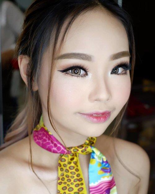 "<div class=""photoCaption"">Throwback<br /> <br /> Makeup for @janemichellehartono<br /> <br /> Makeup by @shelleymuc @shelleyssebastian<br /> <br />  <a class=""pink-url"" target=""_blank"" href=""http://m.clozette.co.id/search/query?term=makeup&siteseach=Submit"">#makeup</a>  <a class=""pink-url"" target=""_blank"" href=""http://m.clozette.co.id/search/query?term=beauty&siteseach=Submit"">#beauty</a>  <a class=""pink-url"" target=""_blank"" href=""http://m.clozette.co.id/search/query?term=shelleymuc&siteseach=Submit"">#shelleymuc</a>  <a class=""pink-url"" target=""_blank"" href=""http://m.clozette.co.id/search/query?term=surabaya&siteseach=Submit"">#surabaya</a>  <a class=""pink-url"" target=""_blank"" href=""http://m.clozette.co.id/search/query?term=makeupartist&siteseach=Submit"">#makeupartist</a>  <a class=""pink-url"" target=""_blank"" href=""http://m.clozette.co.id/search/query?term=mua&siteseach=Submit"">#mua</a>  <a class=""pink-url"" target=""_blank"" href=""http://m.clozette.co.id/search/query?term=shelleymakeupcreation&siteseach=Submit"">#shelleymakeupcreation</a>  <a class=""pink-url"" target=""_blank"" href=""http://m.clozette.co.id/search/query?term=beforeafter&siteseach=Submit"">#beforeafter</a>  <a class=""pink-url"" target=""_blank"" href=""http://m.clozette.co.id/search/query?term=clozetteID&siteseach=Submit"">#clozetteID</a>  <a class=""pink-url"" target=""_blank"" href=""http://m.clozette.co.id/search/query?term=makeover&siteseach=Submit"">#makeover</a>  <a class=""pink-url"" target=""_blank"" href=""http://m.clozette.co.id/search/query?term=muasurabaya&siteseach=Submit"">#muasurabaya</a>  <a class=""pink-url"" target=""_blank"" href=""http://m.clozette.co.id/search/query?term=muaindonesia&siteseach=Submit"">#muaindonesia</a>  <a class=""pink-url"" target=""_blank"" href=""http://m.clozette.co.id/search/query?term=hairdo&siteseach=Submit"">#hairdo</a>  <a class=""pink-url"" target=""_blank"" href=""http://m.clozette.co.id/search/query?term=soft&siteseach=Submit"">#soft</a>  <a class=""pink-url"" target=""_blank"" href=""http://m.cloz"