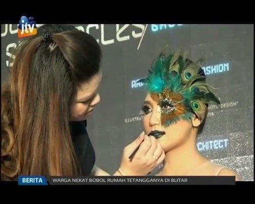 Thankyou @jtv_rekMakeup for @ciputraworldsby and @chenny.han #youngdesignerspectaclesPecock Makeup by @shelleymuc @shelleyssebastianOther makeup by @d4dewi @nikkichanmua Model @adeliafebrianiiLashes @madame_lashesEyeshadow @sariayu_mtLipstick @limecrimemakeupGlitters @lasplashcosmetics#makeup #beauty #shelleymuc #surabaya #makeupartist #mua #shelleymakeupcreation #beforeafter #clozetteID #makeover #muasurabaya #muaindonesia #fashion #fashionmakeup #conceptualmakeup #editorialmakeup #peacockmakeup #peacock #fantasymakeup #masquerademakeup